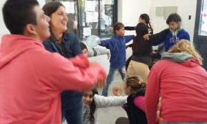 """Juegos cooperativos en el Ctro. de salud """"San Martín"""""""""""