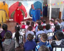 """Nuestra obra infantil en el Jardín """"Pimpollito rojo"""""""