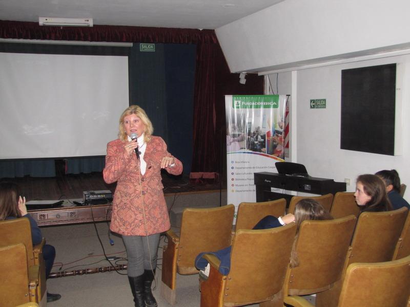21 abril: Presentación de libro en la Sala Sto. Tomé