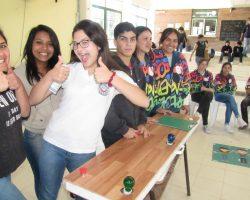 Economía Joven en la escuela Bicentenario
