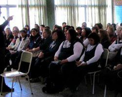 La comunicación humana y la salud del docente. Actividad de la Red en la escuela Ceferino Namuncurá